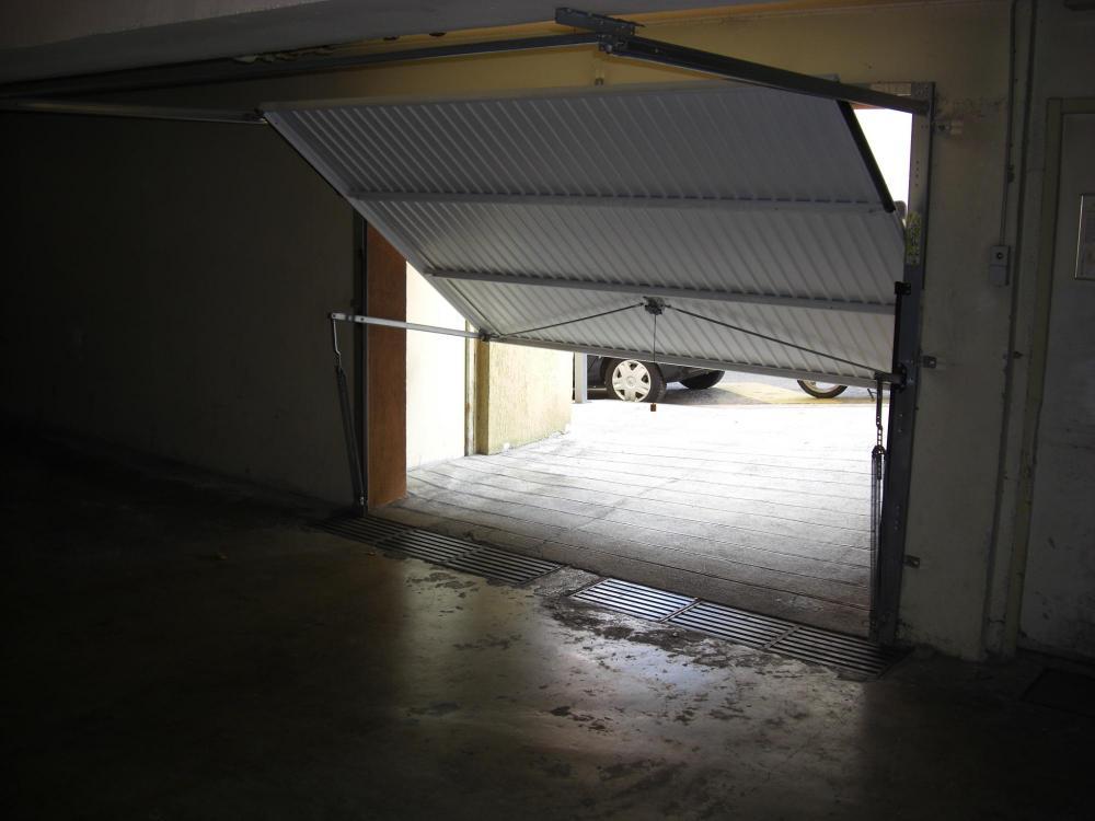 Porte De Garage Sectionnelle Paris Dans L 39 Le De France Portes De Garageportes De Garageportes